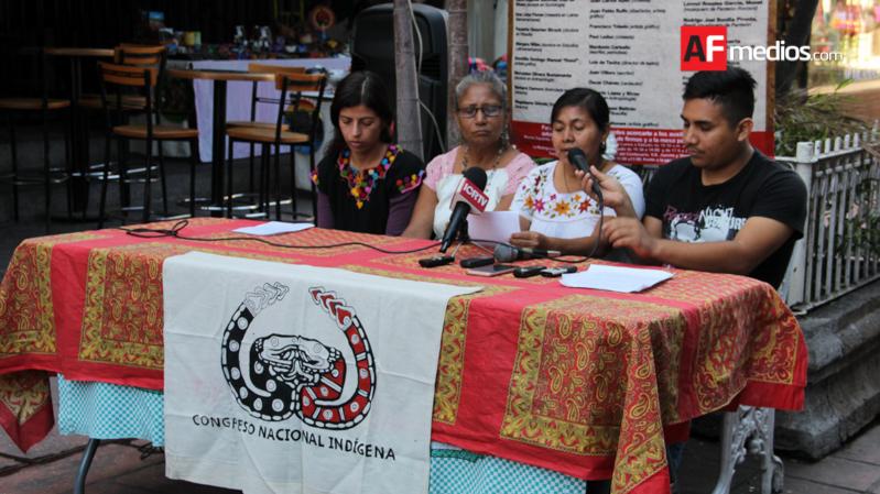 Marichuy recolecta firmas en Ciudad Universitaria