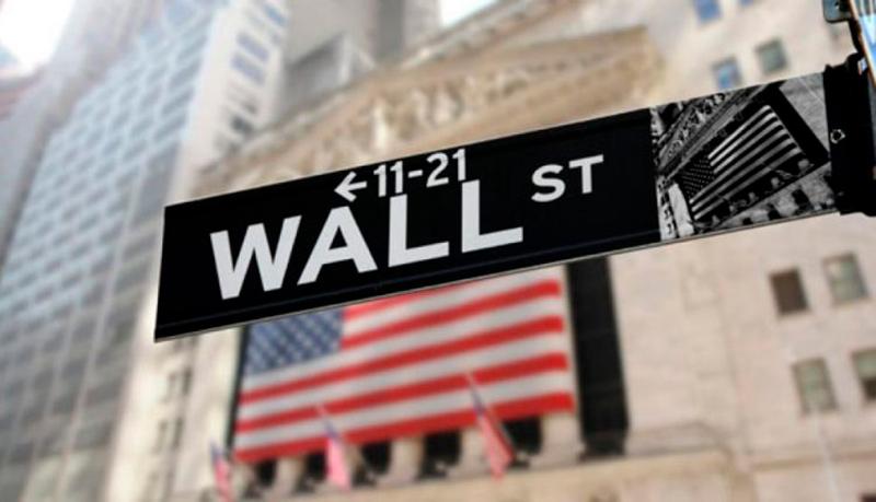 Wall Street, en baja, arrastrada por el sector tecnológico