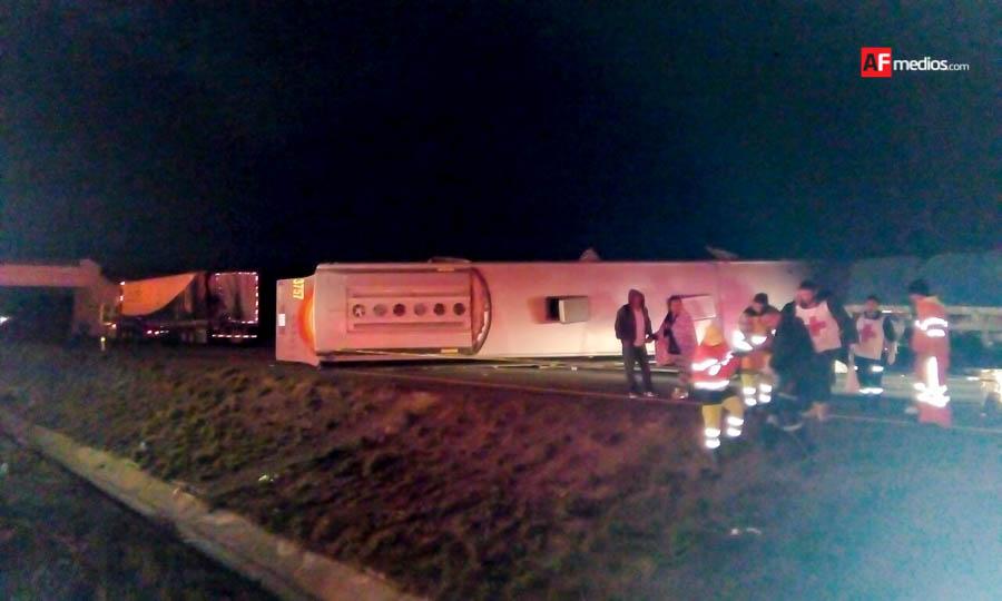 Accidente de autobús dejó un muerto y 20 heridos en Magdalena Jalisco