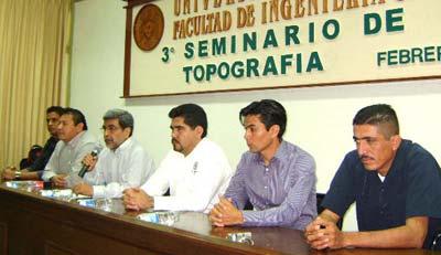 Imparten seminario de actualización en topografía en la Facultad de Ingeniería Civil