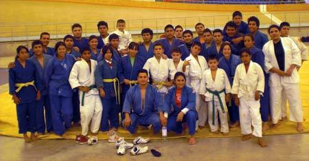 Culminan judocas campamento de preparación