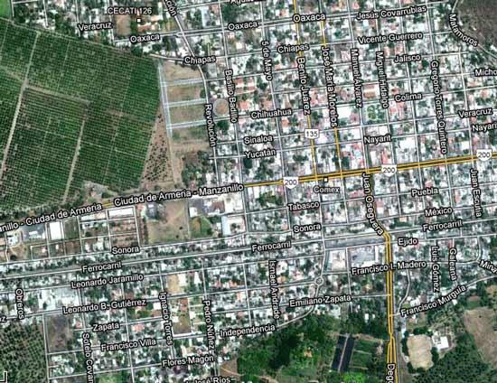 Trabajadores del ayuntamiento de Armería, bloquearon carretera libre a Manzanillo