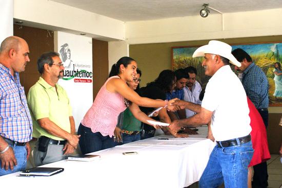 Entregan Constancias a candidatos a Comisarías y Juntas Municipales