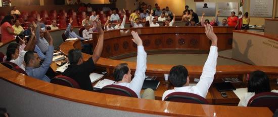 Diputados amplían plazos para refrendos de licencias en Ayuntamientos