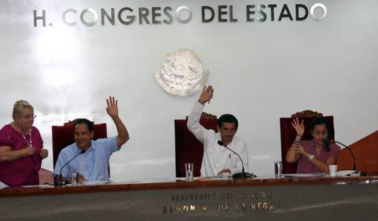 Congreso avala minuta de Reforma Educativa