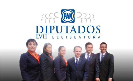 'Expulsan' a diputados Lino y Benavides de fracción panista, por lo pronto del Facebook