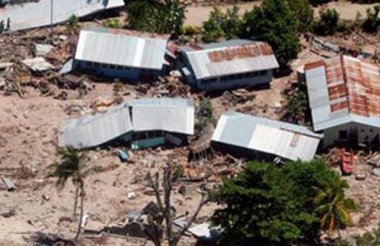 Tsunami deja al menos 5 muertos en Islas Salomón tras sismo