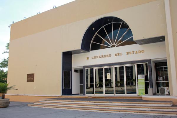 Congresos locales tienen dos semanas para armonizar leyes electorales; Colima está al día