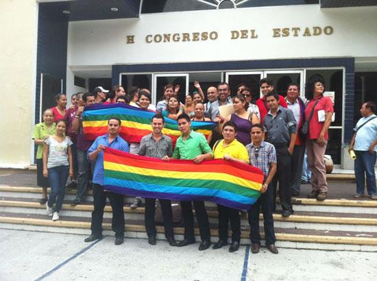 Una sesión legislativa 'muy colorida'