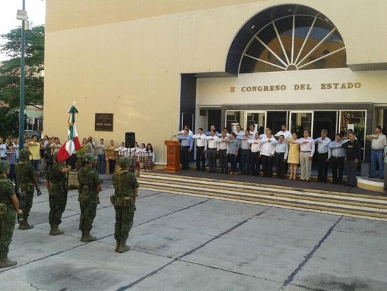 Congreso local celebra 156 aniversario de la Constitución Política del estado de Colima