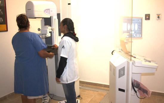 Pruebas hechas en 2013 detectaron 48 casos de cáncer cérvicouterino: SSy BS