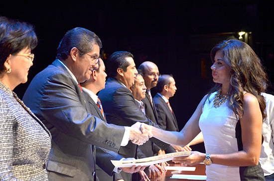La educación, aliada en la gobernanza y estabilidad del país: Rector