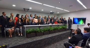 Senadores del PRI denuncian coacción del voto en Colima para el PAN