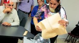 IEE realiza sorteo para debate; Gerardo Galván del PES será el primero en hablar