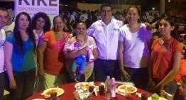 Oswy Delgado festeja a las mamás en su día