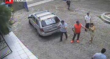 """""""Un grupo encabezado por Jorge Luis, irrumpe en imprenta; amenazan, roban volantes y miles de pesos"""": Propietario"""