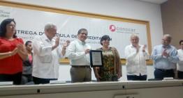 U de Colima recibe cédula de acreditación del CONOCER