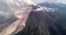 """""""Volcán de Colima continúa con explosiones y flujos"""": PC nacional"""