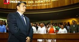 Nuevo auditor toma protesta, asegura que no habrá impunidad