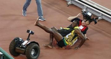 Bolt, derribado por un camarógrafo