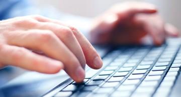 Si tu pareja revisa tu correo electrónico sin autorización, podría estar violando tus derechos: Suprema Corte