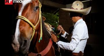 Jaripeo, corridas, caballo bailador y charro completo, algunos eventos en Feria de Colima