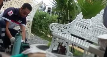 Hombre muere por paro cardiorespiratorio en el Jardín de Comala