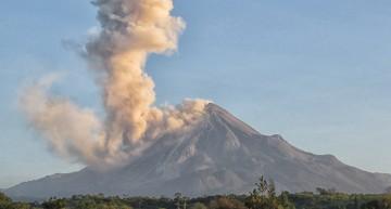 Actividad del Volcán de Colima es explosiva de baja intensidad: PC