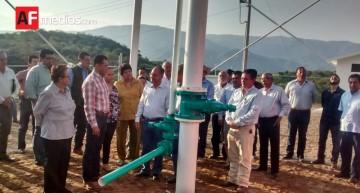 Comunidad Las Tunas recibe sistema de agua