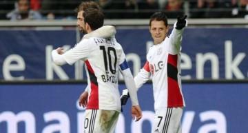 'Chicharito' hace doblete y ya tiene 12 con el Leverkusen