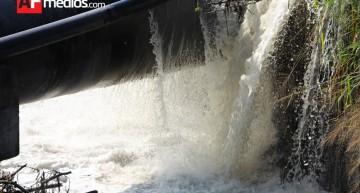 En enero concluyen obras para corregir fuga de aguas negras que afecta río Colima