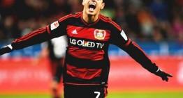 Con doblete de 'Chicharito' Bayer Leverkusen derrota 3-0 al Hannover 96