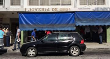 Asaltan joyería en centro de Colima por tercera vez