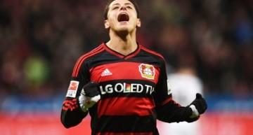 'Chicharito' anota, Leverkusen eliminado en Cuartos de Final de la DFB Pokal
