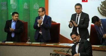 Presidente de CEDH rinde informe de labores; se emitieron 12 recomendaciones en 2015