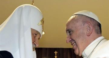 """Líderes de las Iglesias Católica y Ortodoxa rusa llaman a detener el """"exterminio"""" de cristianos en Oriente Medio"""
