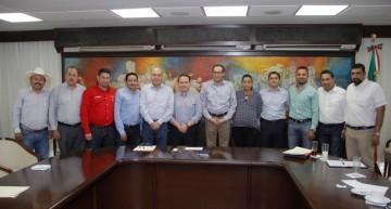 Nacho Peralta hace llamado a alcaldes a trabajar en equipo