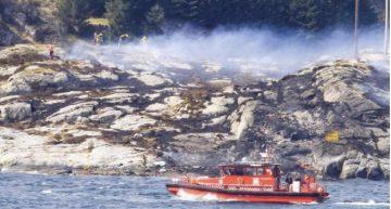 11 personas mueren al estrellarse helicóptero en Noruega