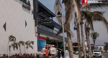 Sujetos armados asaltan tienda La Marina en Mzllo, hay dos detenidos