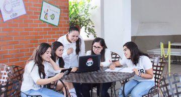 Colimenses desarrollan App para denunciar bullying