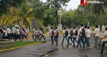 Por supuesta fuga de gas, desalojan escuelas de San Pedrito