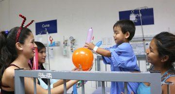 Festejan a niños del Hospital General de Manzanillo