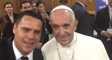 Romero Coello participa en reunión en la que estuvo presente el Papa Francisco