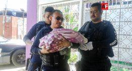 En dos ocasiones, patrulleros de Guadalajara auxilian a mujeres en parto