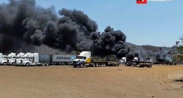 Incendio en zona industrial de Manzanillo, derivado de una quema de llantas
