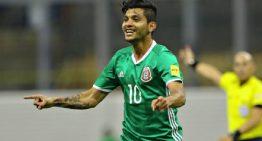 Con gol de 'Tecatito', México empata 1-1 con Venezuela y es líder de Grupo C