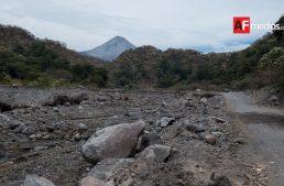 Carretera La Becerrera-Zapotitlán, dañada desde hace 14 meses