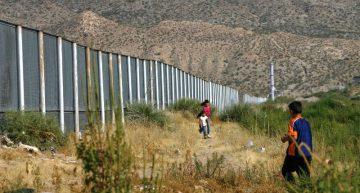 Flujo de inmigrantes disminuye 40% desde Trump: Seguridad Nacional EU