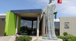 Procurador cesa a agentes que obstaculizaron labor de reportera
