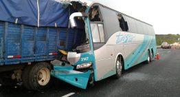 Un muerto y seis heridos por choque en Nayarit